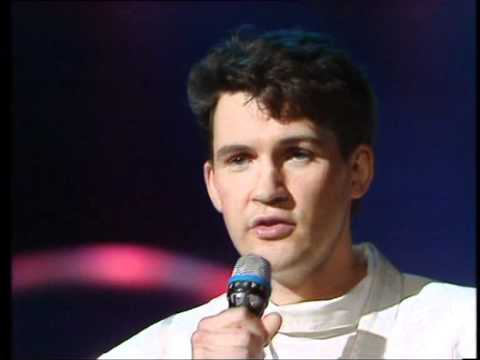 Hold me now - Ireland 1987 - Eurovision songs with live orchestra...