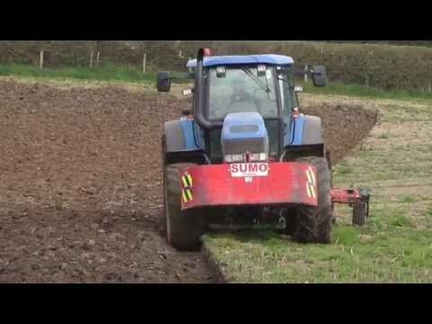 Ploughing in 2012 with New Holland TM175 and Kverneland.