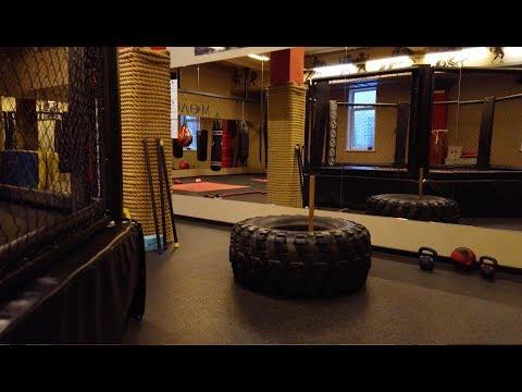 3. Спорт зал в Москве.  Донимаю людей.