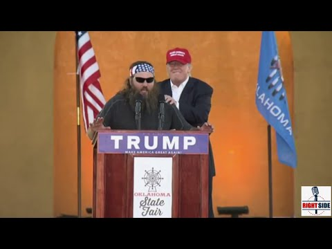 Donald Trump Calls Willie Robertson To The Stage At Oklahoma Rally