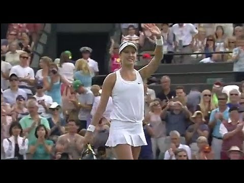 Eugenie Bouchard gets the win - Wimbledon 2014