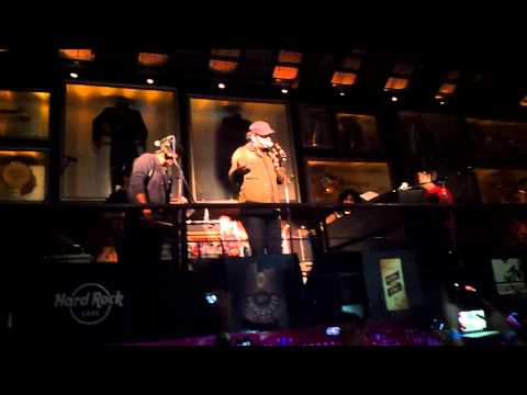 Tum Se Hi - Mohit Chauhan at HRC Bangalore MTV Unplugged