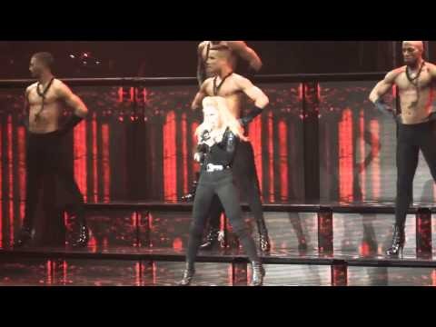 Madonna - Girl Gone Wild (mdna Tour) Hd video