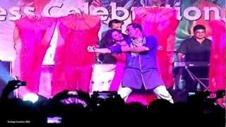Khiladi 786 - Akshay Kumar and Asin Thottumkal at the Khiladi 786 music concert