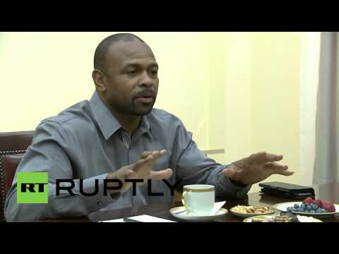 Russia: Putin gives nod to US boxer Roy Jones Jr. on citizenship request