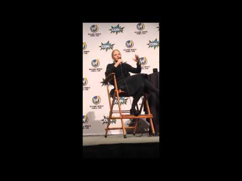 Jennifer Morrison on Rose McIver - Wizard World Portland