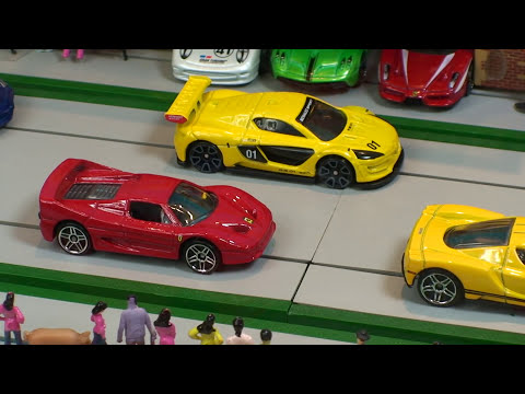 STREET RACE  Hot Wheels  Supercar Collection