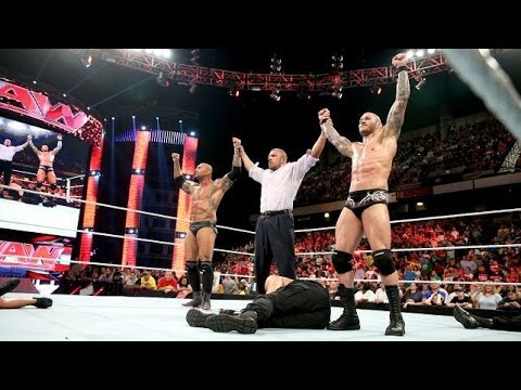 Wwe Evolution Returns And Attacks The Shield 2014 Full video