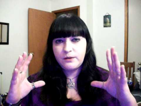 Beginner wicca- gods and goddesses and what that means