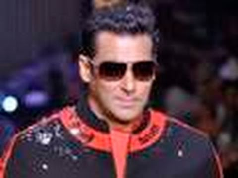 Salman turns AUTORICKSHAW Driver !