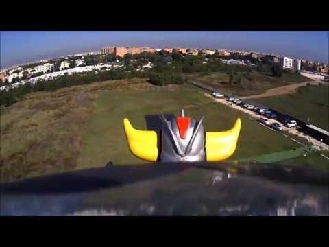 RC UFO ROBOT GRENDIZER GOLDRAKE VOLA NEI CIELI DI ROMA 2° volo