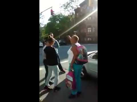 30 Pct. - Police Try to kidnap 2 Young Girl and The Community Did Not Allow It.