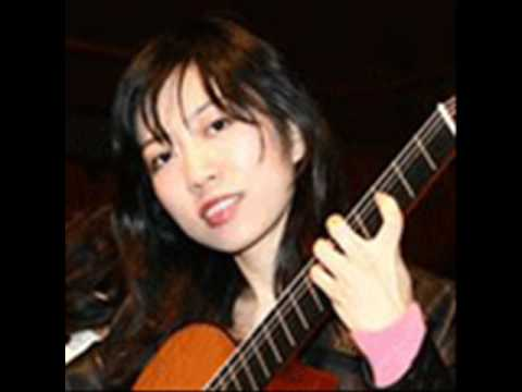 El Colibri the humming bird - played by Xuefei Yang