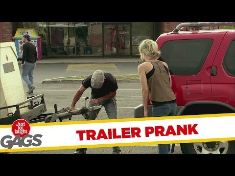 Trailer Refuses to Stay on Hitch Prank