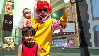 Ronald McDonald's surprise visit to New York City | The Real Life Superheroes