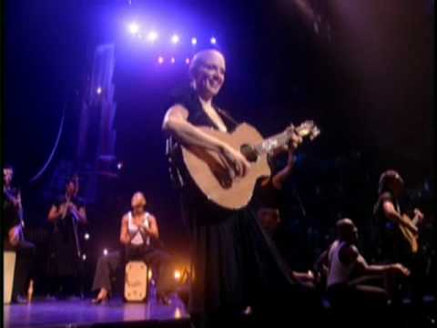 Madonna - Madonna - La Isla Bonita [Drowned World Tour]