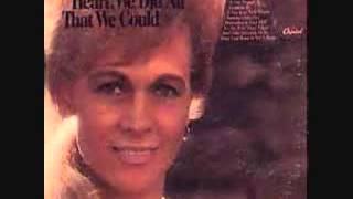 Watch Jean Shepard Someones Gotta Cry video