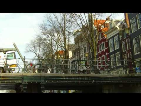 Amsterdam - eine Fahrt auf den Grachten - eine komplette Gr