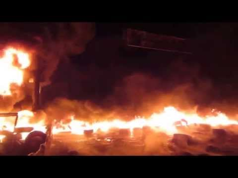 Fight At The Barricades During Euromaidan In Kiev, Jan 25 2014