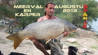 Meervalvissen en karpervissen op de rivier ebro - Catfish and carp from the river ebro