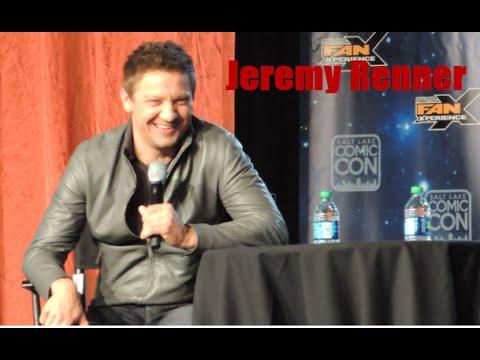 Jeremy Renner / Hawkeye Live interview
