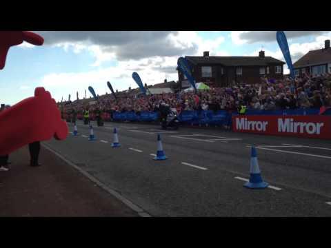 Mo Farah winning the Great North Run 2014