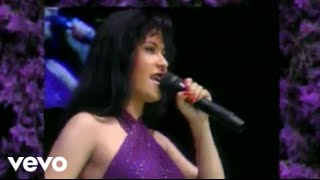 Watch Selena Techno Cumbia video