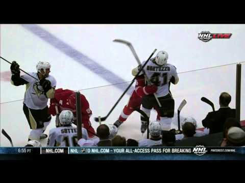 Justin Abdelkader vs Robert Bortuzzo fight Pittsburgh Penguins vs Detroit Red Wings 9/25/13 NHL