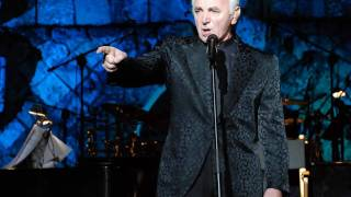 Watch Charles Aznavour Prends Le Chorus video