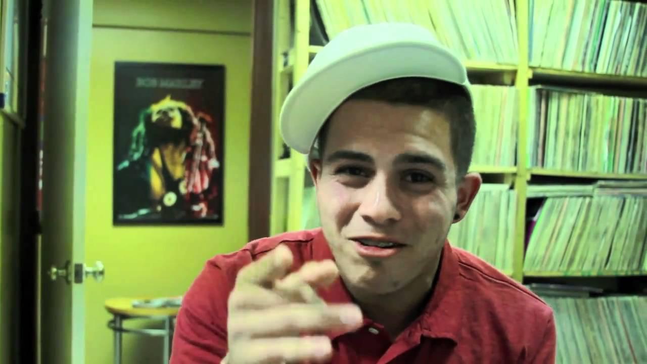 rapper imitates Lil Wayne Drake Ludacris Eminem