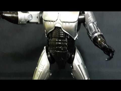 Hottoys Robocop - OMG mime Showcase