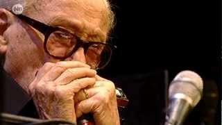 Toots Thielemans - Smile - Toots 90 21-10-12 HD