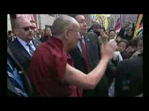 Obama riles China with Dalai Lama meeting