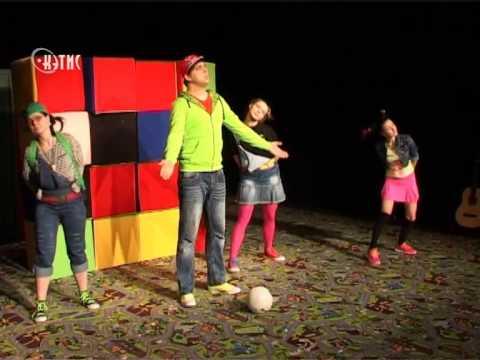 Школьников с чувством юмора приглашают в драмтеатр на Остера