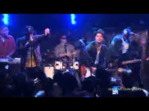 Bruno Mars - The other side LIVE!
