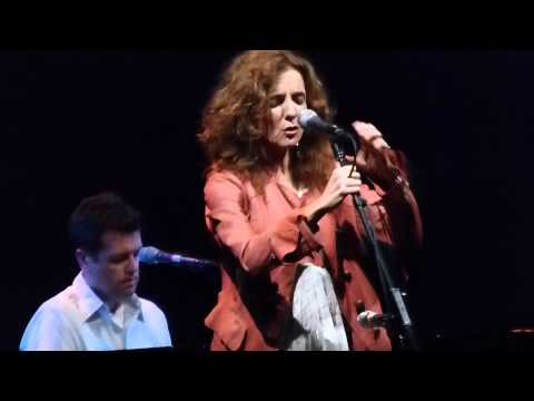 Patty Griffin - Carry Me