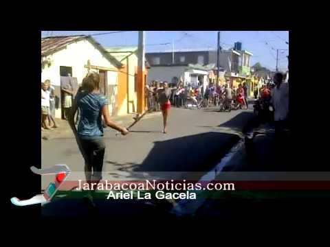 Pleito de Dos Mujeres en el Barrio Don Bosco Con Machete En Manos Jarabacoa.