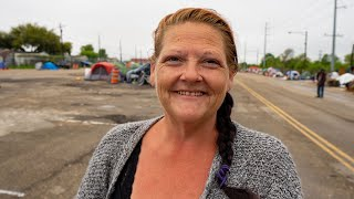 Video: Stephanie, Austin Texas, made homeless following Cancer surgery - Invisible People