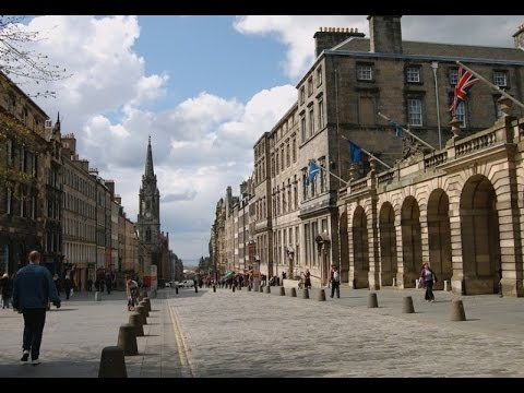 Popular attractions in Edinburgh (Scotland). Travel Guide Ed