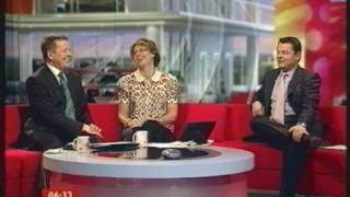 Tunnels - BBC Breakfast studio infected with the funk