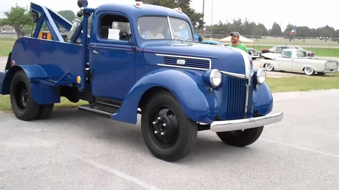 Tow N Go >> 2011 Lone Star Roundup 1941 Ford 2 Ton Tow Truck - YouTube