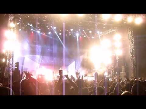 [HD] Blur - Song 2 (Live in Jakarta 051513)