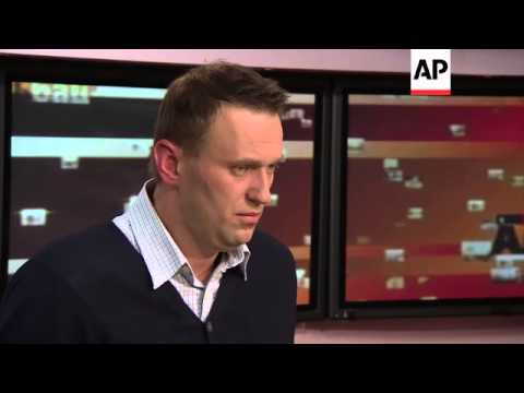 Activist Navalny denies corruption claims, supports more creative approach to protests