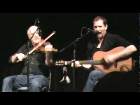 Fall Down Billy O'Shea performed by John Doyle and the Instructor Group 3 at the final concert: Dave Cory - Banjo Louise Mulcahy - Uilleann Pipes Rose Conway Flanagan - Fiddle Randal Bays...