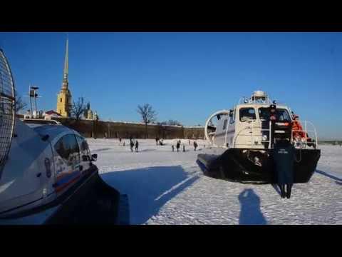 Ледяная Нева. Преодоление фарватера пешеходами