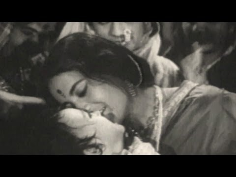 Neej Re Baala - Ek Maati Anek Naati Angai Song video
