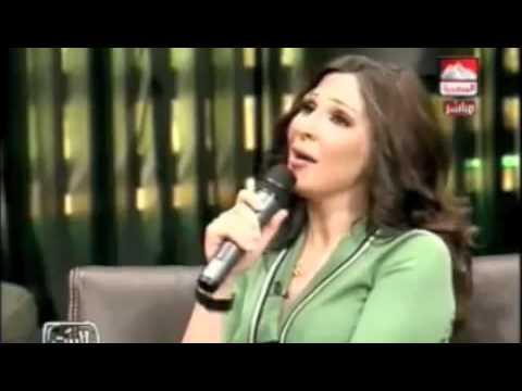 اليسا ( مشهد مضحك ) نشاز على الهواء  - YouTube.flv