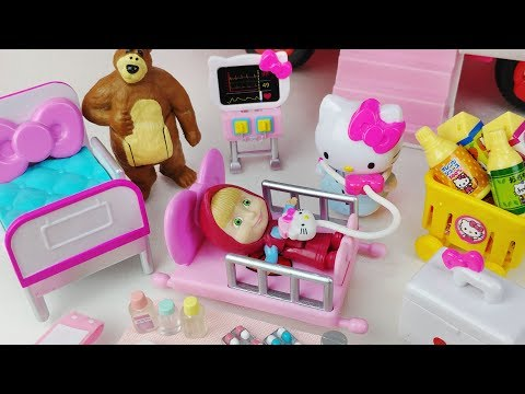 Masha and Bear Hello Kitty ambulance Hospital car toys doctor play 마샤와 곰 헬로키티 구급차 의사 병원놀이 자동차 장난감