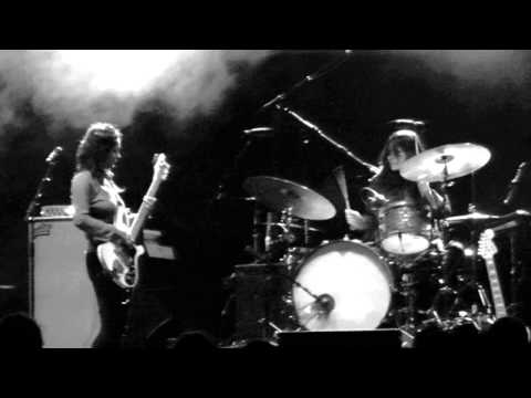 Warpaint - High ( New Song ) - Live  Hollywood Forever Cemetery 10-23-13 In Hd video