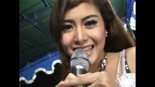 download lagu Dangdut Koplo Hot Pergi Pagi Pulang Pagi - Eka gratis